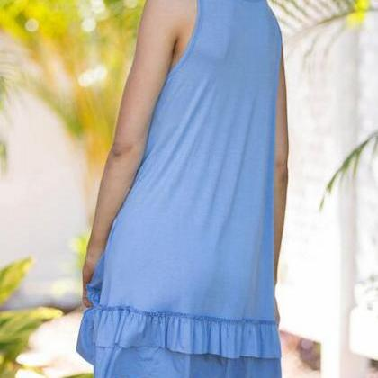 Blue Sleeveless Shift Dress Featuri..