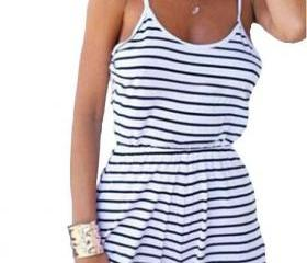 Black and White Stri..