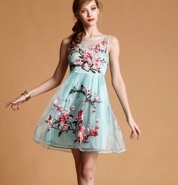 FREE SHIPPING Embroidered Floral Lace Dress