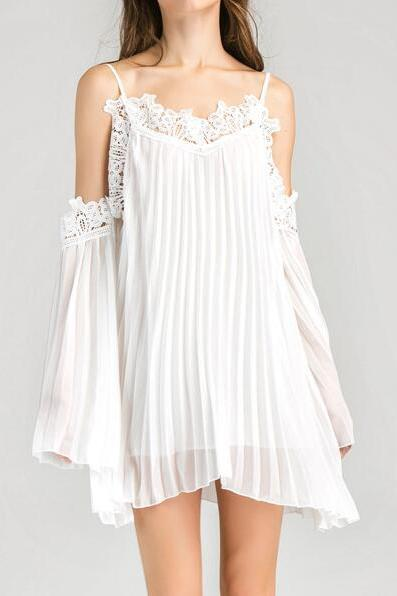 Boho White Lace Cold Shoulder Chiffon Dress Beach Wear Pleated Dress