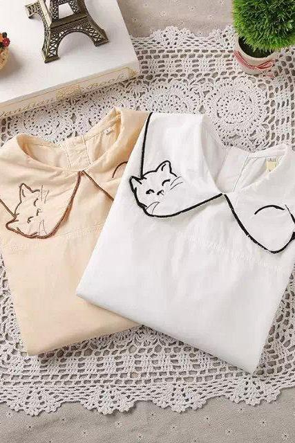 FREE SHIPPING Cute kitty Embroidered Blouse