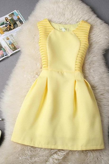 FREE SHIPPING Hollow Out Sleeveless Flare Dress In Yellow