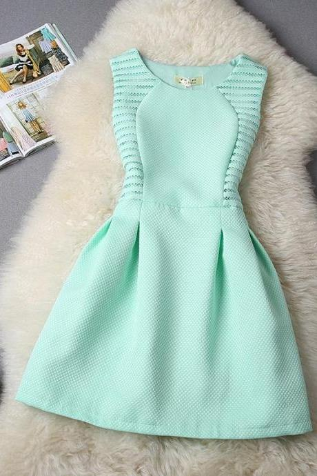 FREE SHIPPING Hollow Out Sleeveless Flare Dress In Mint