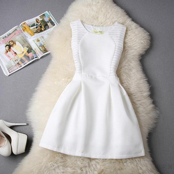 FREE SHIPPING Hollow Out Sleeveless Flare Dress In White