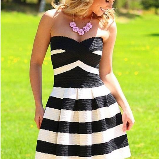 FREE SHIPPING Black And White Stripe Strapless Party Dress